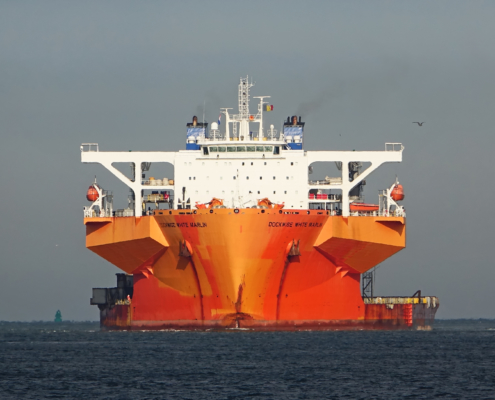 aasta hansteen, dockwise, grootste top-side, dual-float-over